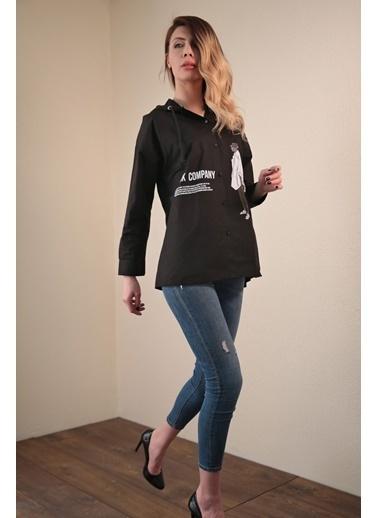 Reyon Kadın Kapişonlu Gömlek Beyaz Siyah